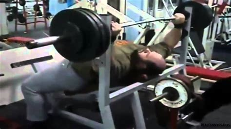 epic bench press best epic bench press fail you are doing it wrong youtube