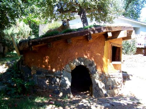 hobbit hole dog house 17 best images about dog houses on pinterest house garden buildings and country
