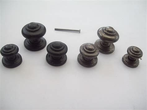 Kitchen Cabinet Door Knobs by Cast Iron Kitchen Amp Cabinet Door Knob Ironmongery World