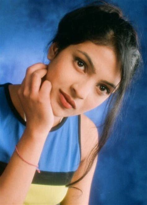 priyanka chopra early life photos photos 17 year old priyanka chopra s very first