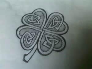 celtic clover by toyboxmizfit on deviantart