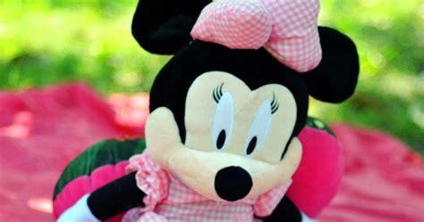 Boneka Minnie Disney gambar boneka lucu minnie mouse dari istana disney