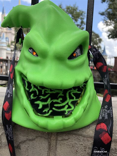 trouble close  hand oogie boogie popcorn