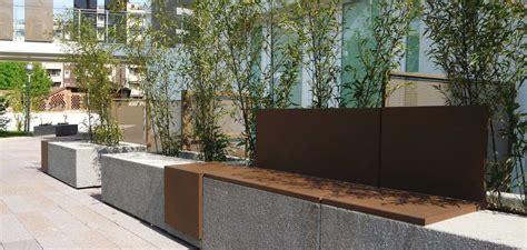 fioriere modulari panchina modulare con fioriera integrata mamu 192 by metalco