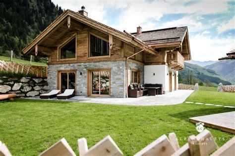 chalet in den alpen mieten luxus chalet rauris h 252 ttenurlaub in salzburger sportwelt