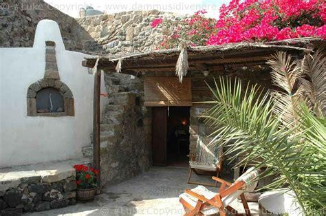 tipiche di pantelleria dimora tipica mare sicilia pantelleria trapani dammusi