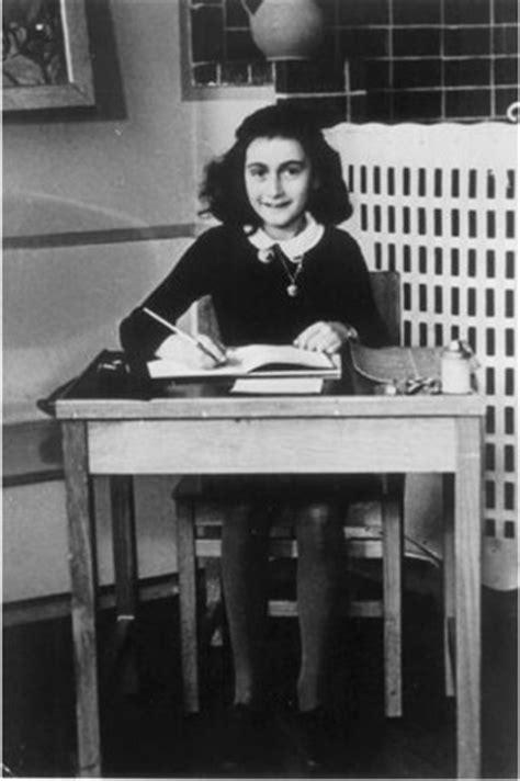 Diário de Anne Frank censurado nos EUA por ser ″pornográfico″