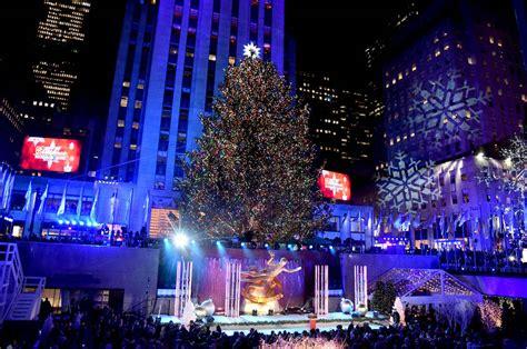 rockefeller center christmas tree lighting live how to and the 2018 rockefeller center tree lighting the sue