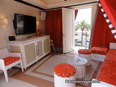 beach couch encore beach club las vegas pool parties 2017 bachelor vegas