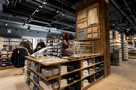 home design store brooklyn muji s first brooklyn home goods store opens in