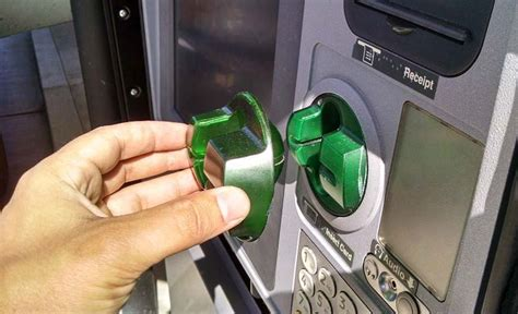 how do thieves make credit cards authorities warn about atm skimming scam local tdn