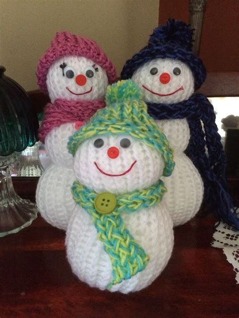 knitting christmas 17 best ideas about loom knit on loom knitting