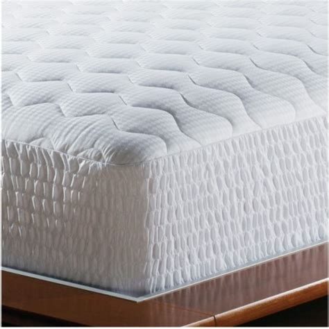 Futon Padding by 14 Easy Mattress Care And Maintenance Tips
