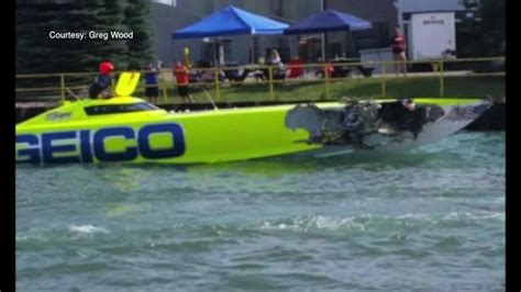 offshore boat fails collision at metro detroit powerboat races kills one man