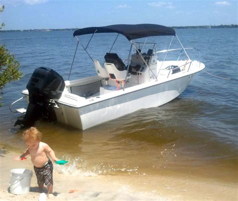 edgewater boats and boston whaler super clean 1998 19 edgewater for sale fl the hull