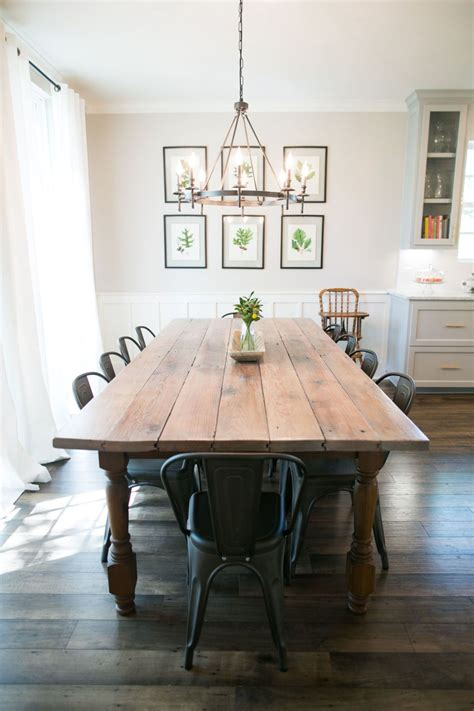 hgtv wohnzimmer this is what it s really like to be on hgtv s quot fixer