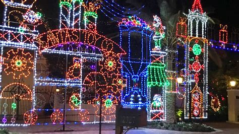 christmas light displays in milton florida 25 best things to do in florida for the holidays coastal living