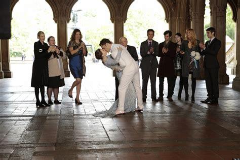 the gossip girl episodes gossip girl series finale recap two weddings a funeral