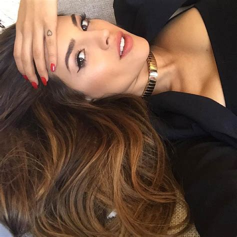 eiza gonzalez tattoos take a look at eiza gonz 225 s tattoos and learn about the