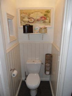 How To Decorate A Water Closet by 1000 Images About Toilets The Stairs On
