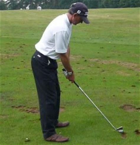 relaxed golf swing pga golf swing drills and tips to help you play better