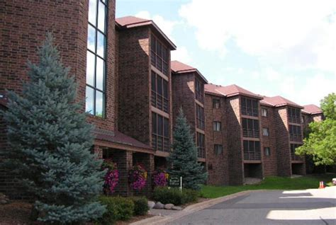 Apartments In Bloomington Mn For Rent Poplar Bridge Apartments Bloomington Mn Apartments
