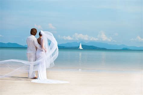 Top 10 Destination Wedding Locations   Lost Waldo