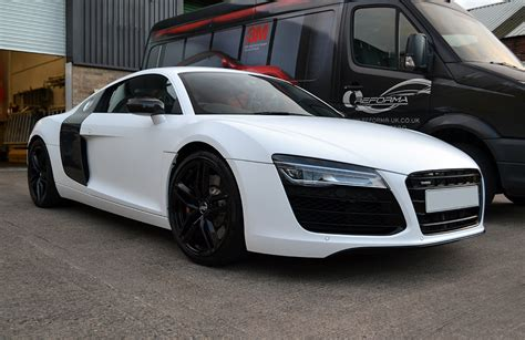 audi r8 wrapped satin white wrap for audi r8 reforma uk