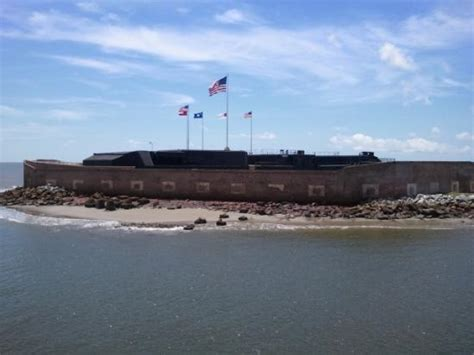 charleston boat rides fort sumpter as you approach on harbor tour boat