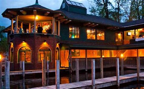 the boat house lake george the boathouse restaurant on lake george ny delicious lakeside dining
