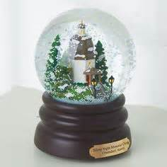 snow globes on pinterest snow globes globes and souvenirs