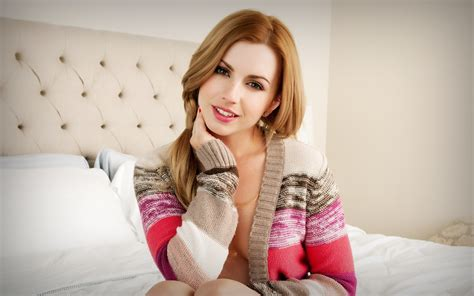 april o neil bathroom 9 lexi belle hd wallpapers backgrounds wallpaper abyss