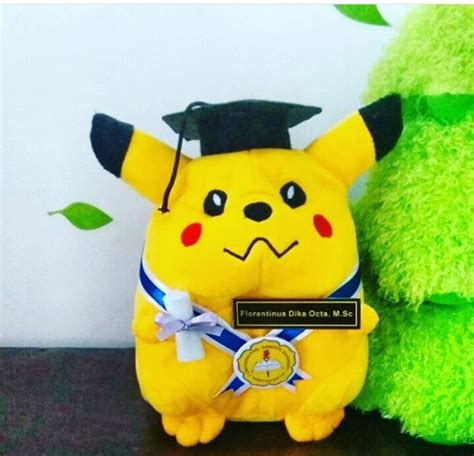 Boneka Pikachu Size L 40 Cm boneka wisuda kado wisudaku