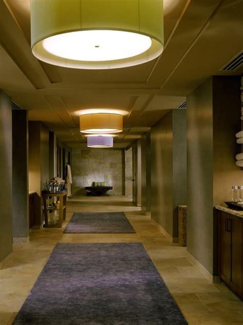 Club Seventeen Shower by The 25 Best Locker Room Shower Ideas On