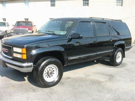 purchase used 99 gmc 2500 suburban slt 4wd 454 gas 3rd seat colorado 120k nice 3 4 ton in