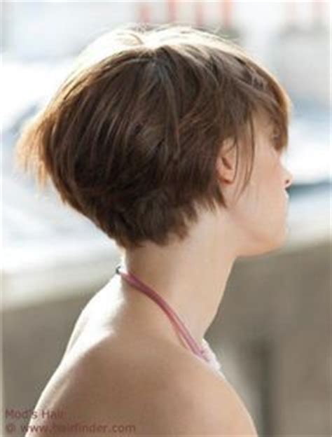 short stacked bod with sides above ear 1000 images about graduated bob haircut on pinterest