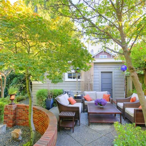 home insurance trees close to be aware of tree hazardscarleton fundy mutual insurance company
