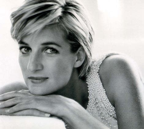 Vanity Fair Diana Princess Diana S In Wallpaper Iconic Photos Turned