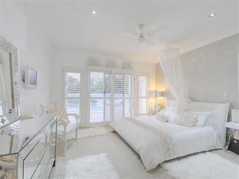 how to decorate a white bedroom meu estilo uma casa toda branca
