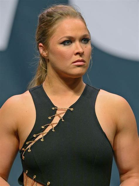 ronda rousey fight hairdo how ronda rousey reacted when met by drug testers after