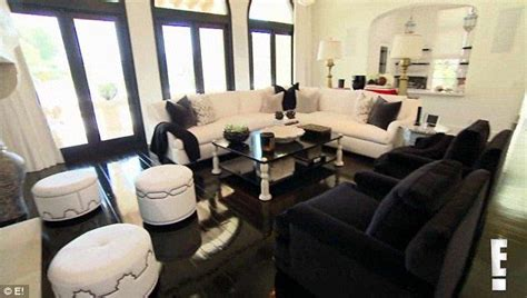 khloe home interior makeover khloe enlisted interior decorator martyn bullard of bravo s m
