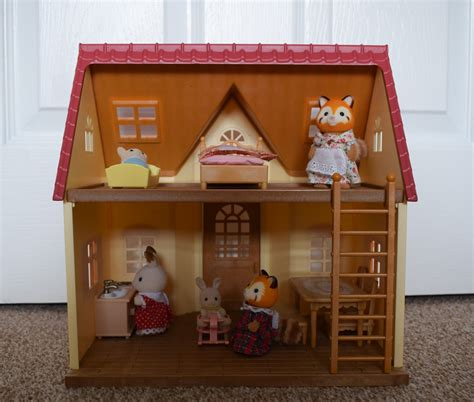 sylvanian families cottage creating stories with sylvanian families cosy cottage