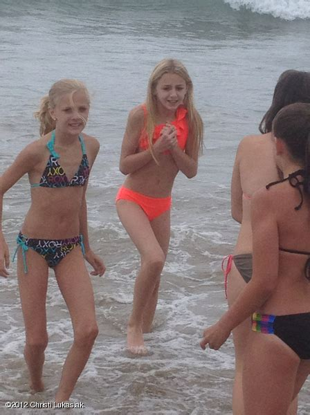 dance moms girls in bikinis the gallery for gt nia frazier acro
