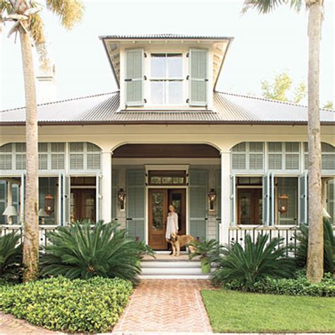 simple nature decor lowcountry cottage cottage living southern living