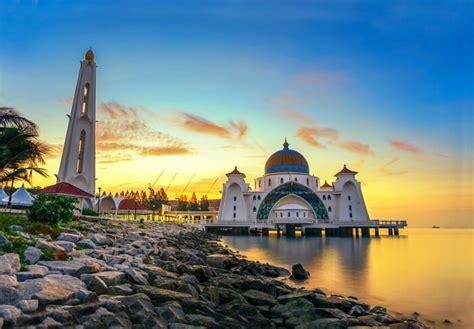 places  visit  malacca   malaysia trip