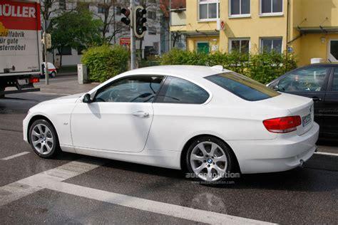 bmw 3 series 2010 spyshots 2010 bmw 3 series coupe facelift autoevolution