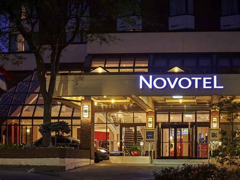 theme hotel toronto hotel in mississauga novotel toronto mississauga centre