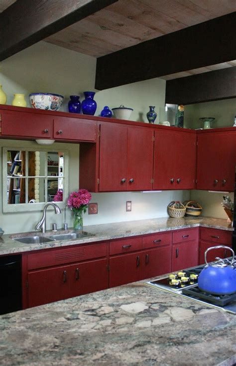 best primer for painting wood cabinets 37 best primer red chalk paint 174 by annie sloan images on