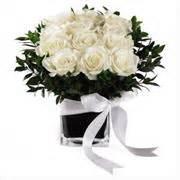 mandare dei fiori a distanza fiori per un anniversario di matrimonio anniversario di