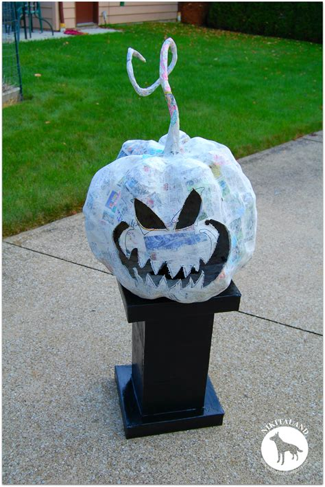 How To Make A Paper Mache Pumpkin - how to make a paper mache stand nikitaland